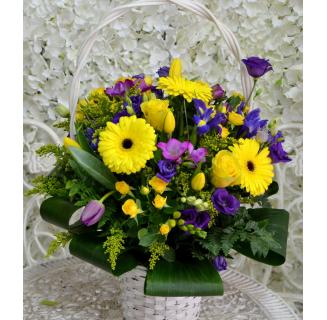 Coș de primăvară galben-mov