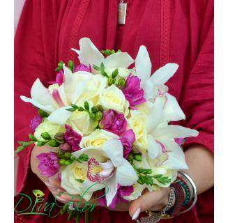 Buchet mireasa cu orhidee Adelina