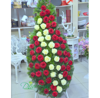 Coroana cu 60 trandafiri alb-rosii