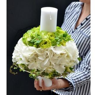 Lumanare alb-verde cu hortensii